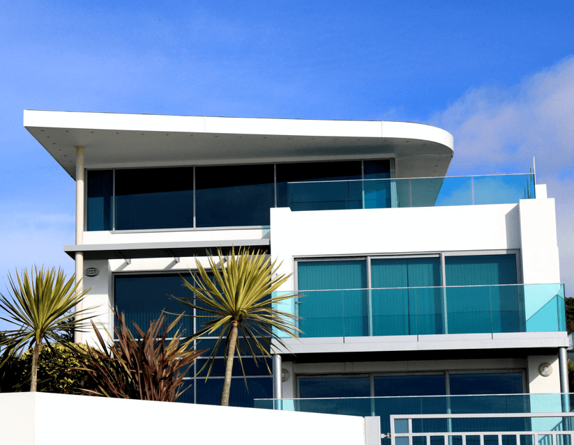 A White Curved House